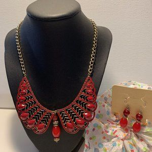 Jewelry - Necklace 2 PC Fashion set with Earrings